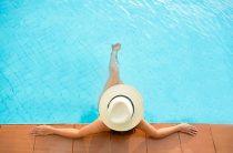 Dealing With & Treating Swimming Pool Algae, Mustard Algae, Black Algae, Algaecide & Green Alga