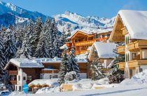 A Luxurious Stay in Gulmarg With Best Skiing Resort